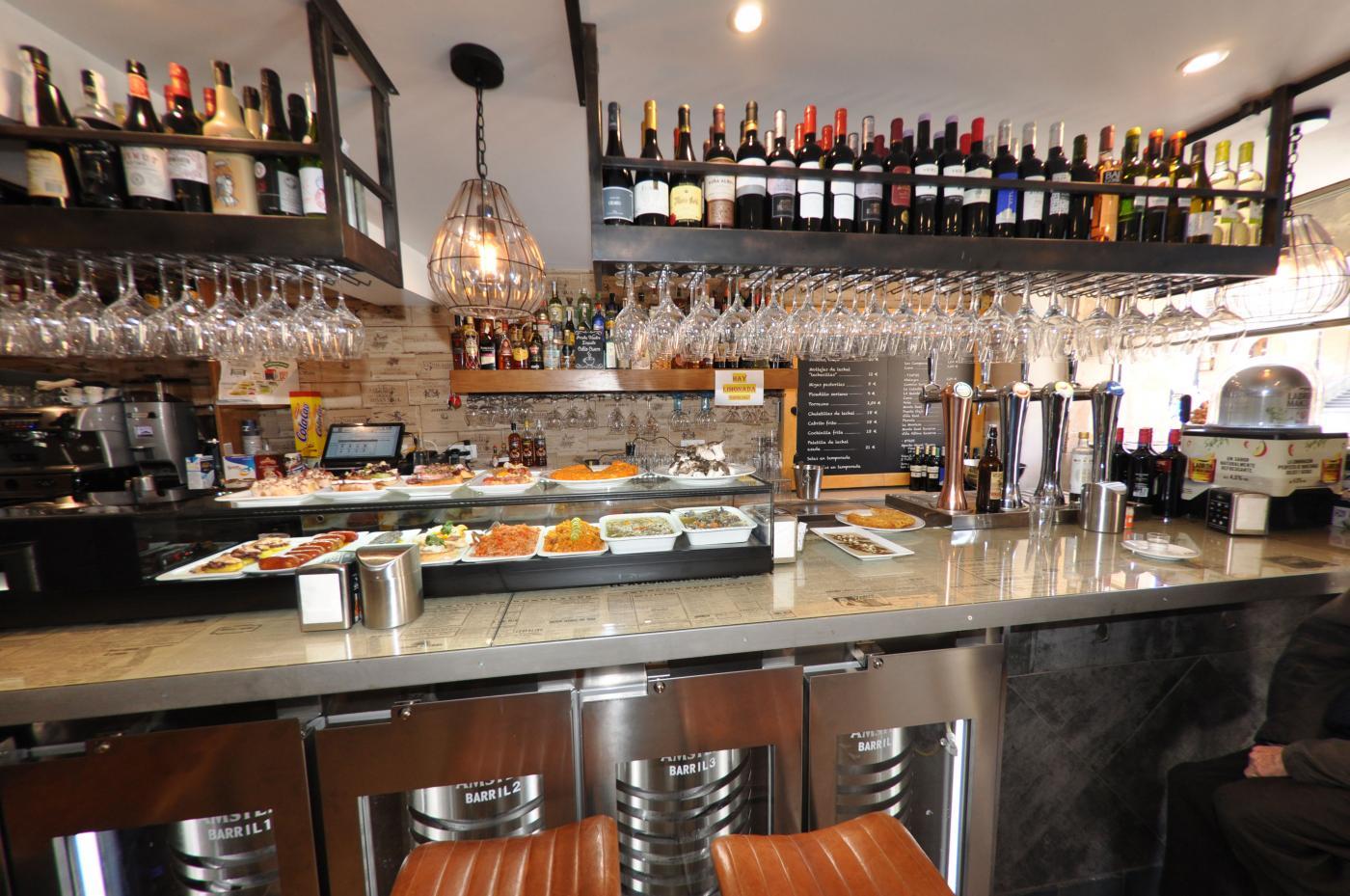 Restaurante Casa Augusto Arranz: Detalle de la barra