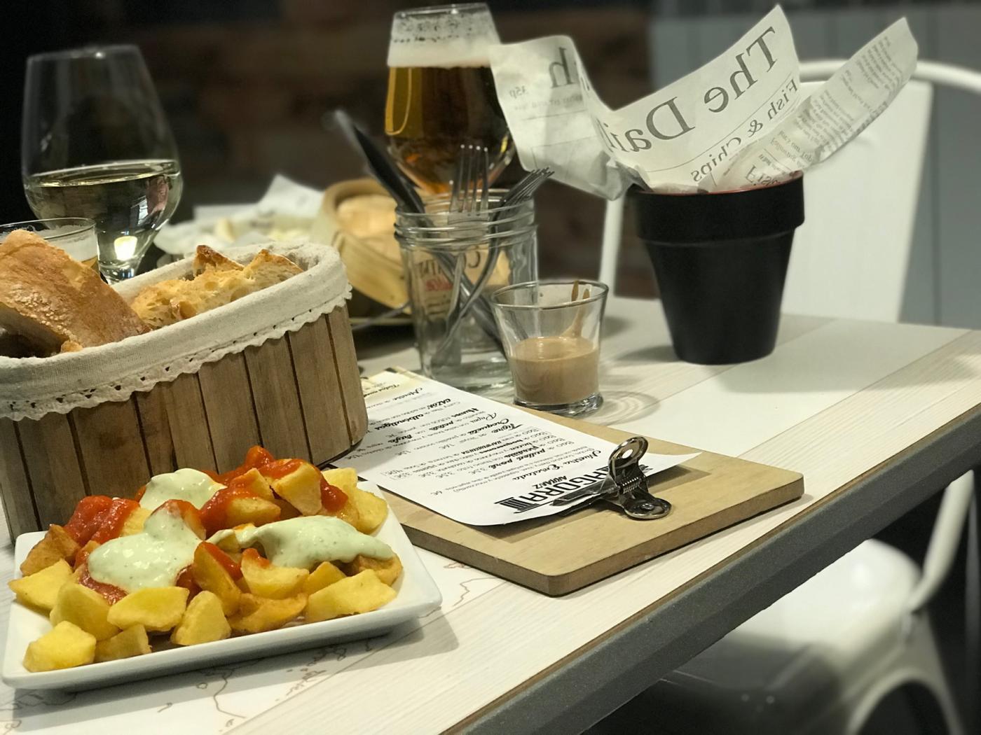 Restaurante El Ágora: Restaurante El Ágora. Patatas bravas