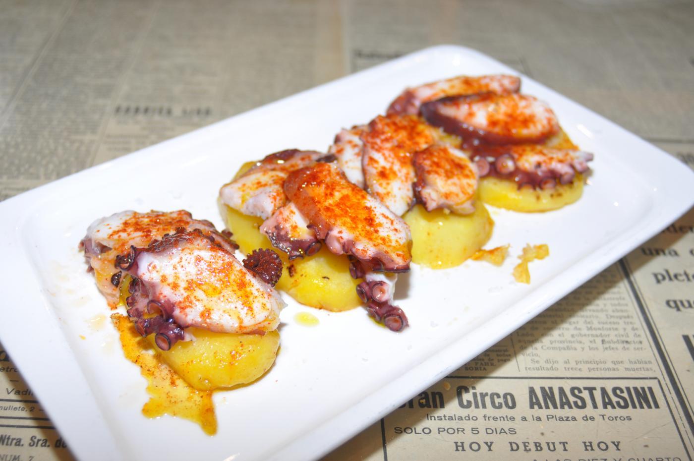 Restaurante Casa Augusto Arranz: Pinchos de pulpo a la gallega